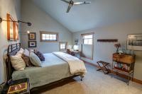 Peak Room
