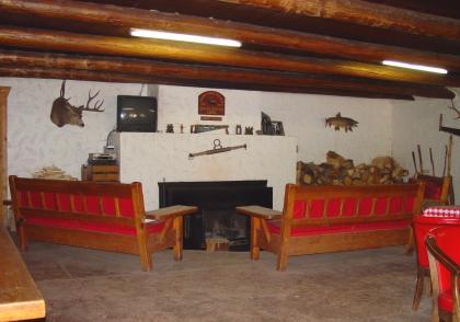 Lodge Room 4
