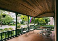 Hummingbird Inn - Front Porch