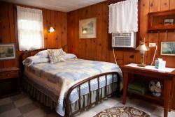 Knotty Pine Cabin 12 Bedroom