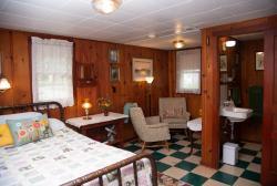 Knotty Pine Cabin 3