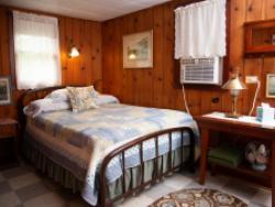 Knotty Pine Cabin 12