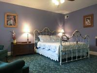 N°7 - Milkmaid's Suite @ Andor Wenneson Historic Inn in Peterson, MN