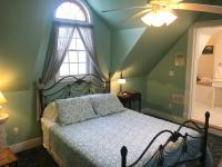 N°8 - Loft Suite @ Andor Wenneson Historic Inn in Peterson, MN