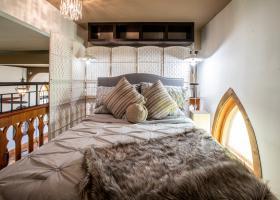 Honeymoon Suite in the loft!