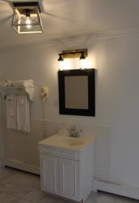 Bathroom Room 1