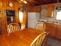 Cabin #4 - Kitchen/Dining Room