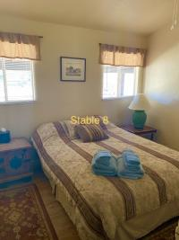 stable 8 guest room