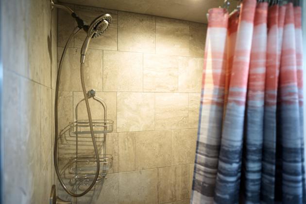 Single King Room Shower