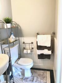 Crisfield Room - Toilet Area, Heated Towel Racks w/Vera Wang Ultra Plush Towels