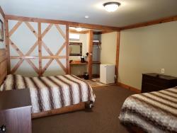 The Ponderosa - Renovated Room #6