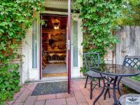 Old Faithful Inn Patio