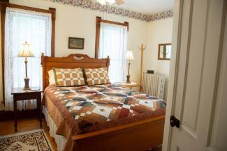 Morning Sun Room Scandinavian Inn