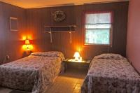 Vacation Home: Bedroom - Full and Twin Beds