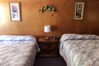 Showboat Motel: Room 40 - Two Full Beds
