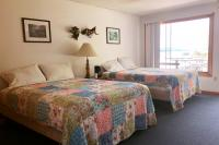 Showboat Motel: Room 45 -  Two Queen Beds