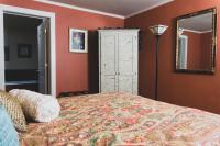 Linden Hall Queen Suite
