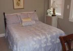 Room #4 - The Traveler - Queen
