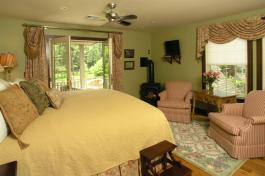 Orchard Retreat Bed