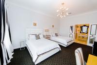 Beautiful 2 Queen Bed Room