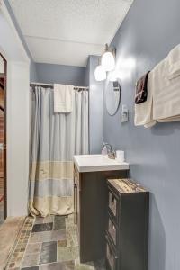 Outback Bathroom