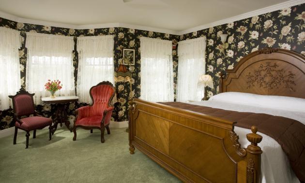 Suite 303 Bedroom