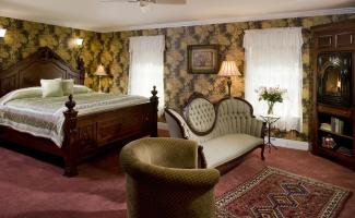 Suite 201 Bedroom