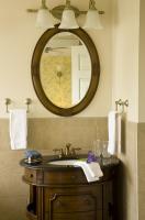 Suite 206 Bathroom