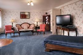 Room 9 sitting area